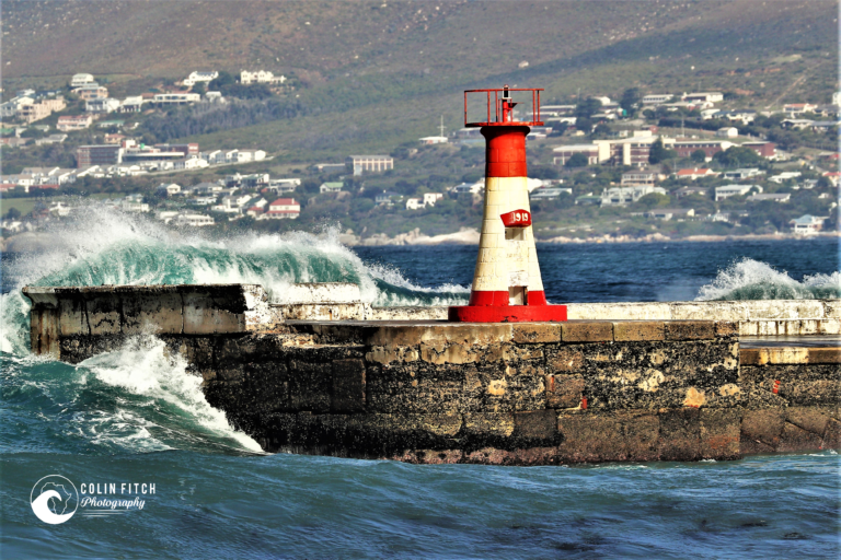 Kalk Bay Harbour Wall. Picture 1
