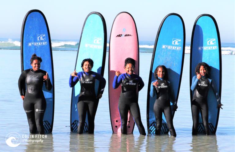 S4 - Surfing 9 Miles Girls